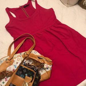 -CYNTHIA ROWLEY- Hot pink stretch dress